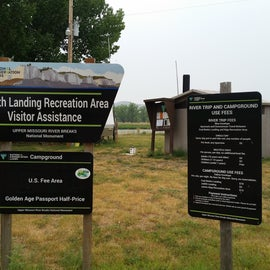 Fee sign and visitor assistance area
