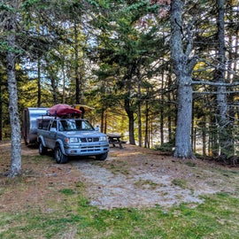 Lots of waterfront sites available for both tents and RV's.