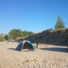 Others will camp along the beach as well so ensure you set up camp to allow other vehicles to pass safely.