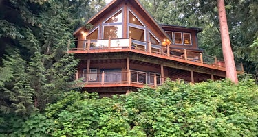 Maple Falls Cabin #7 - Mt. Baker Lodging