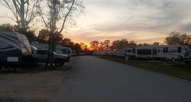 4 Pennies Country Leisure RV
