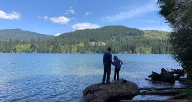 Lake Merwin Camper's Hideaway