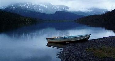 Lower Paradise Lake Cabin