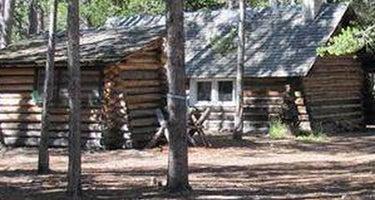 Twin Lakes Cabin (Mt)