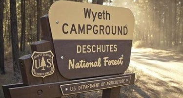 Wyeth Campground at the Deschutes River
