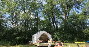 Lone Mountain Riverfront Camping