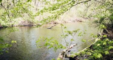 Creekside Woods Getaway
