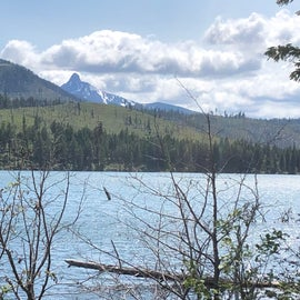 View of Mt. Washington from Suttle Lake