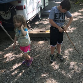 Jase & Jo prepping for our nature hike at Wallace SP