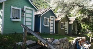Bristol Park Historic Cabins