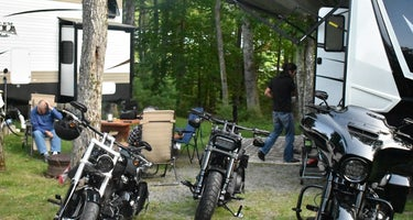 Bentley's saloon and campground