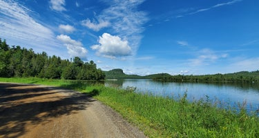 Hogback Lake Rustic Campground & Backcountry Sites