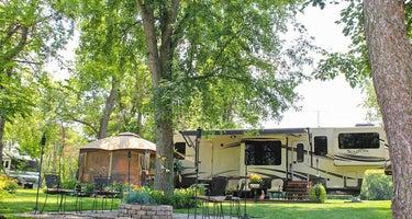 Pine Country RV & Camping Resort