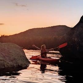 Sunset paddle on Kettle Pond