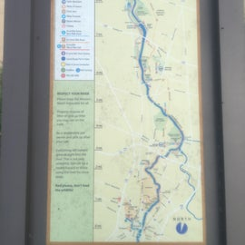 The actual river walk spans several miles w/interesting historical locations