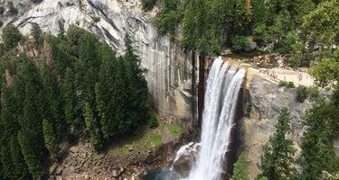 Yosemite Pines RV Resort & Family Lodging