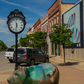 Downtown Elk Rapids is just a quick drive/cycle, or a nice walk from the campground.