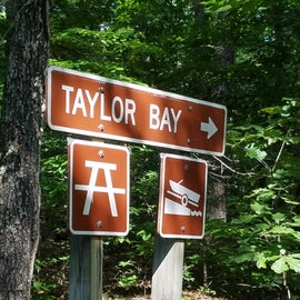 Well marked directional signs lead to Taylor Bay.  All roads are paved.