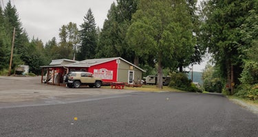 Cove RV Park & Country Store