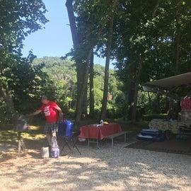 Camp sit B9