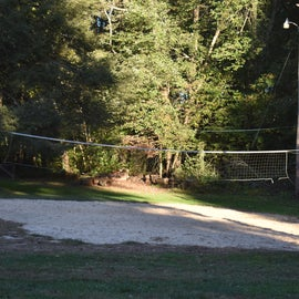 Volleyball is just one of the many activities available at this RV resort.  There are also horseshoe pits and corn hole boards.