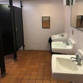 Women's restroom was reasonable