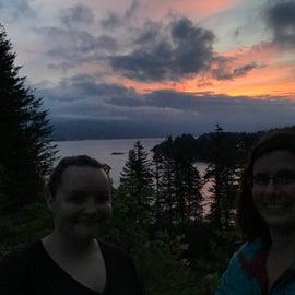 Caught this amazing sunrise at Cascade Locks!!