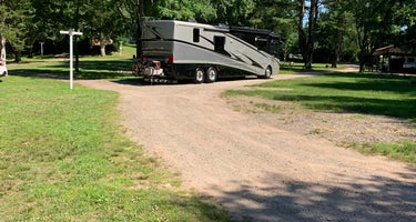 Wolf's Den Family Campground