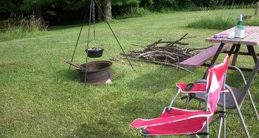 Grins & Pickin's CampFarm