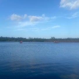 Guided canoe trip Nine Mile Lake