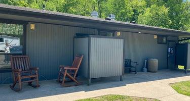 Blowing Springs  RV Park & Campsites