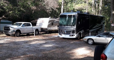 Stagecoach Junction Live Oak Private Campground