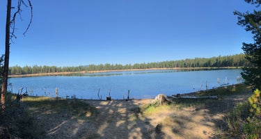 Deschutes/South Twin Lake Campground