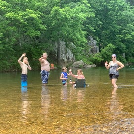 Shut ins. Rocks available for jumping into water.