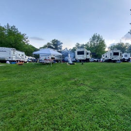 4 campers, less than 25 ft apart.