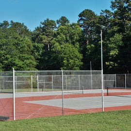 Nice tennis court but not open for 2020