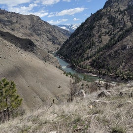 Looking east up the Salmon River