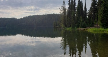 Jubilee Lake Campground