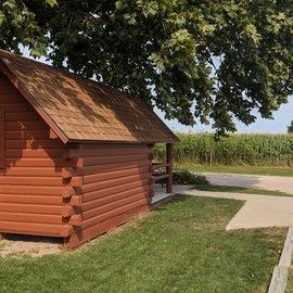 Cozy dog friendly cabin