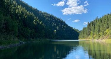 Solomon Lake Campsite