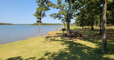 Lake McMurtry East Campground