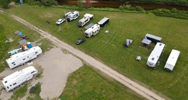 Percy Lodge and Campground