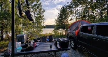 Longwood Campground at John H Kerr Reservoir