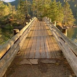 Bridge over Cascade Lake