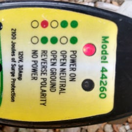 Reverse polarity warnings on surge protector even after broken outlet was replaced