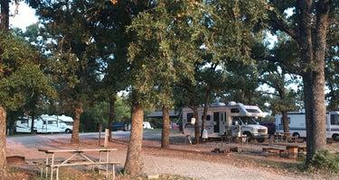 Pauls Valley City Lake Campground