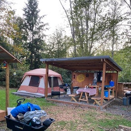 Second tent and kitchen