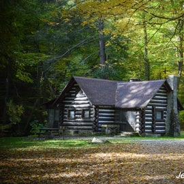 Historic cabin near the top of Mill Creek falls
