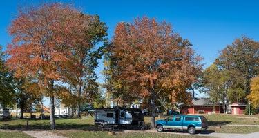 Nashville Shores Lakeside Resort
