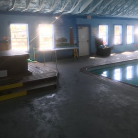 Pool and Hot tube